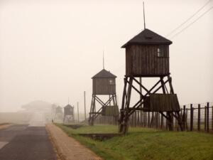 KL Majdanek. Mglisty paŸdziernikowy poranek 2008